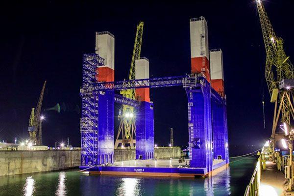 dock pontoons barges
