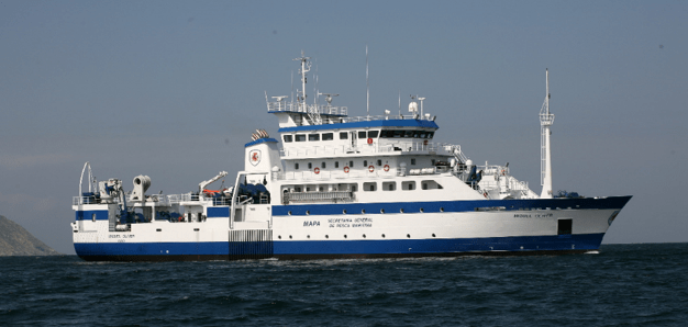oceanographic research vessel - migueloliver 1