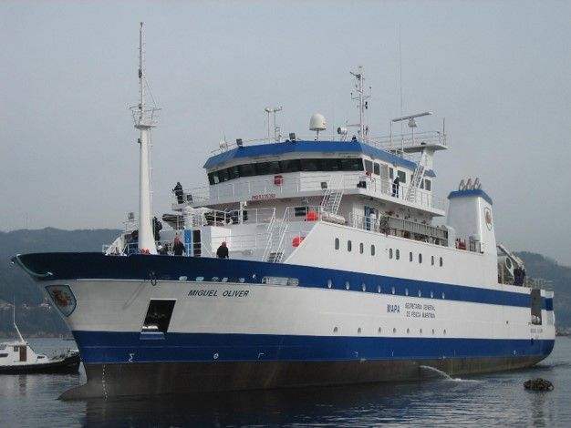 oceanographic research vessel - migueloliver 2